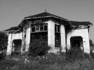 rumah-kosong